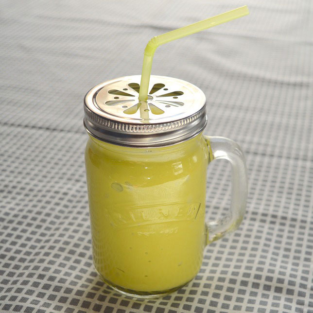 Creamy Pear and Pineapple Smoothie