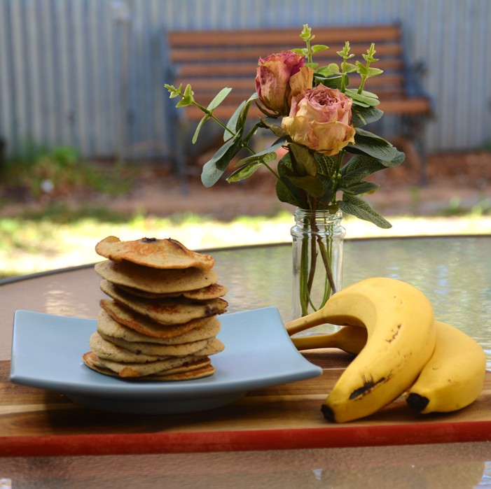 Flourless Banana Blueberry Pikelets